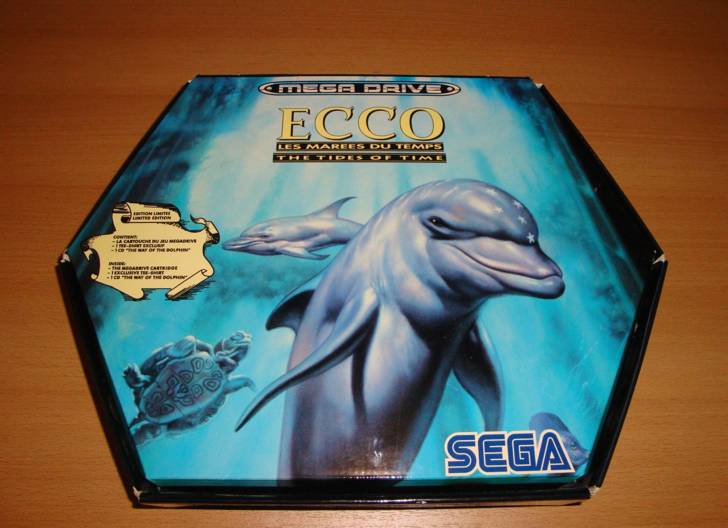 Sega Genesis / Megadrive Ecco The Dolphin Box Set (Photos & Info)