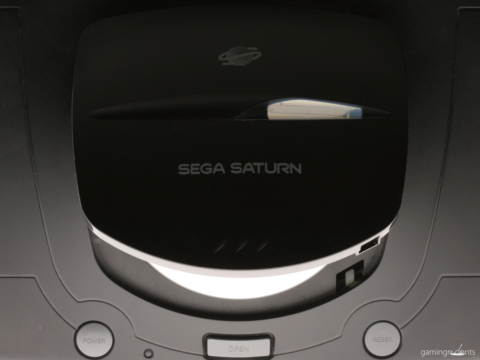 Sega saturn the beginners guide retrogaming with racketboy the lid of the model 2 saturn fandeluxe Choice Image